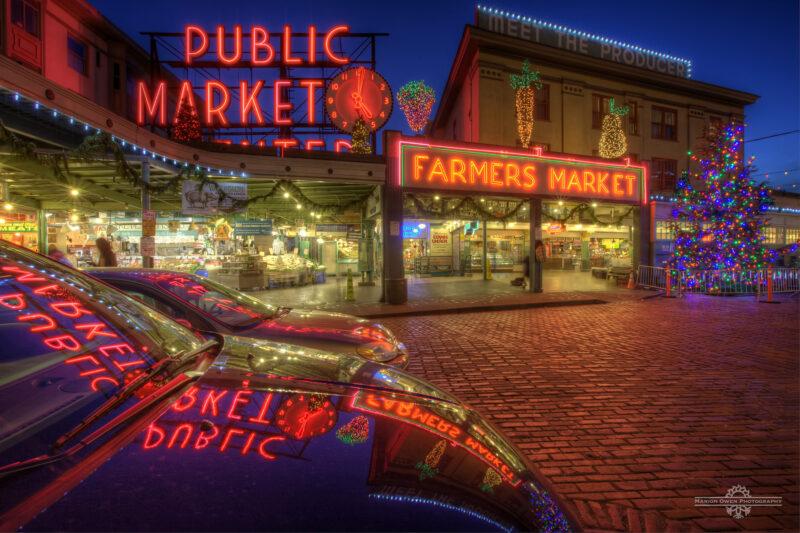 Seattle, Washington, Pike Place Market, Farmer's market, Christmas, lights, display, holiday, district, tree, shop, sign, street, brick, advertisement, entrance, vegetables, public market,