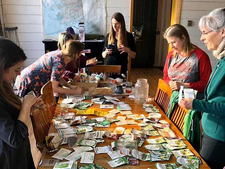 Kodiak gardeners discuss easy vegetables, herbs and flowers to grow
